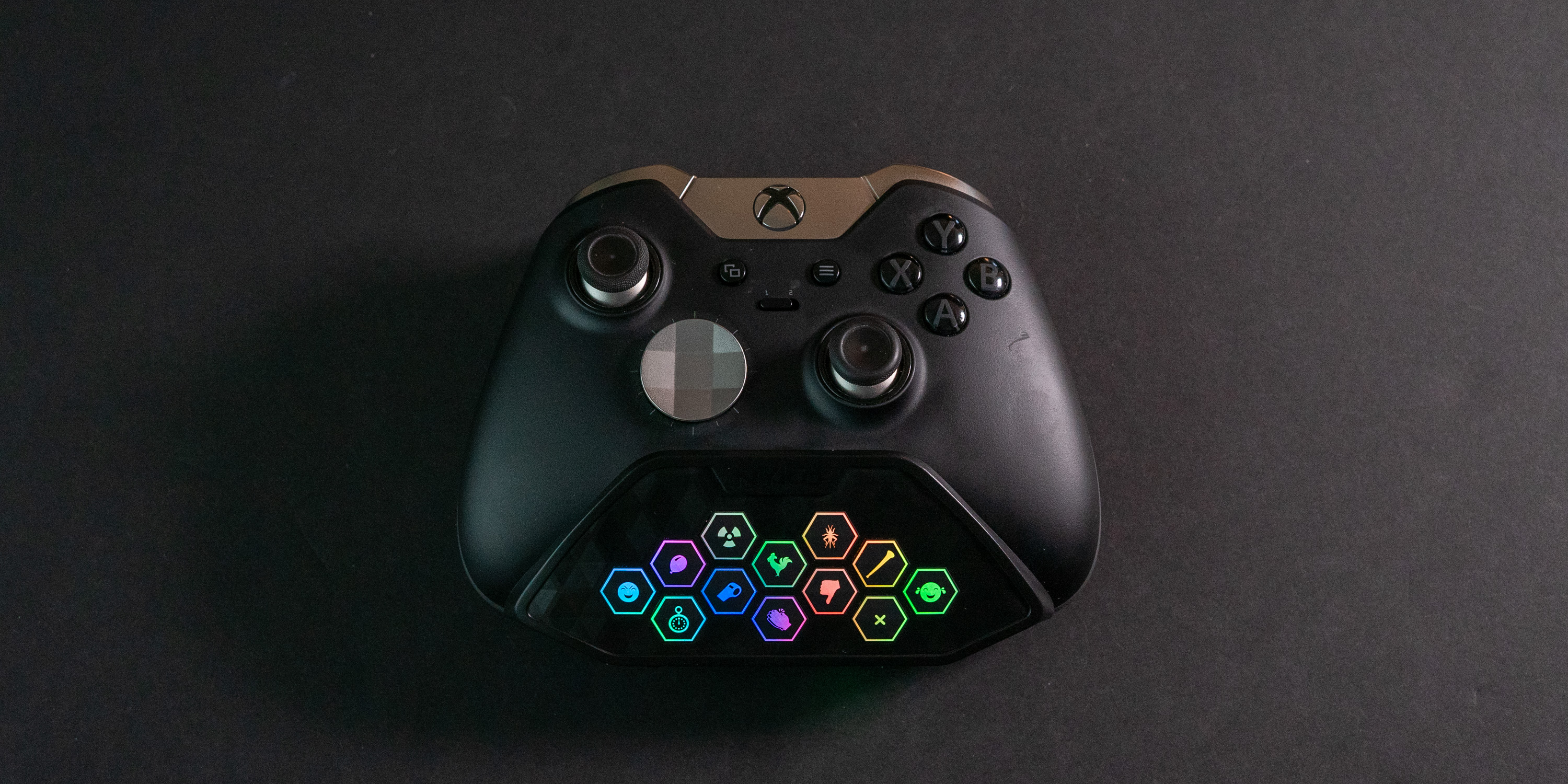 Nyko Sound Pad installed on Xbox One controller