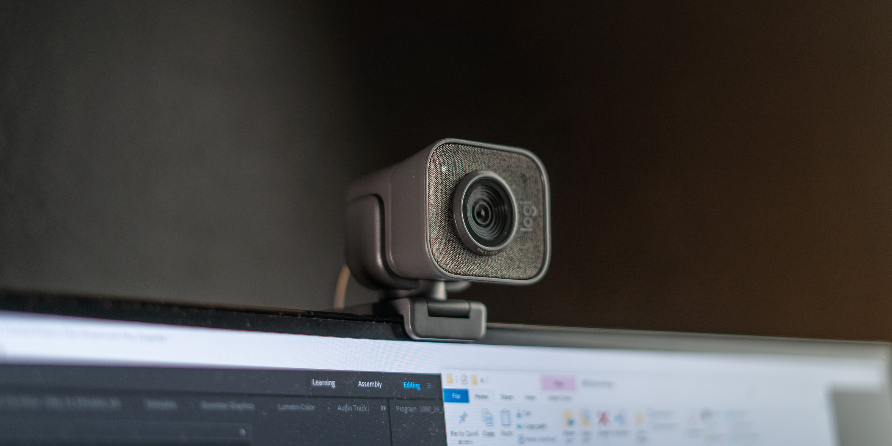 Logitech Streamcam Plus Review Upgrade Your Wfh Setup