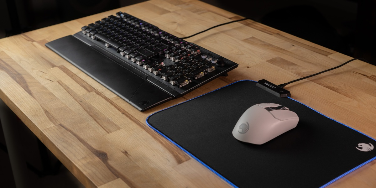 Roccat Line-up with Vulcan 121 AIMO, Kain 200 AIMO and Sense AIMO