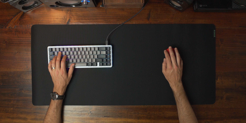Using Gigantus XXL on desk