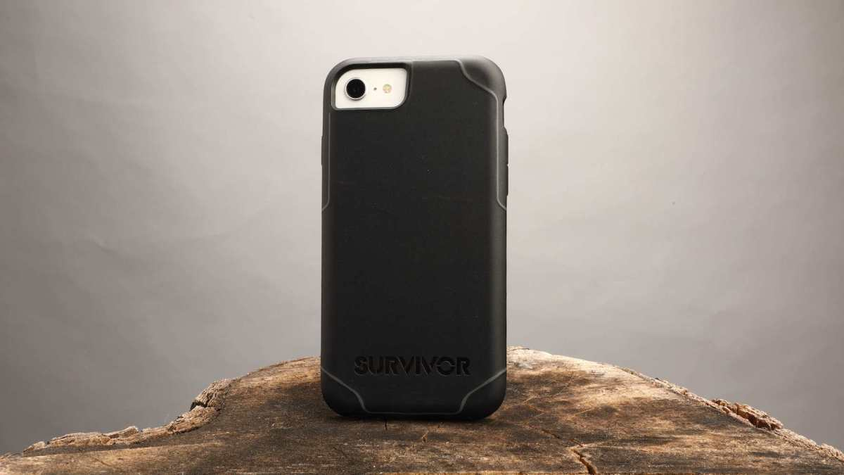 Griffin Survivor iPhone SE case