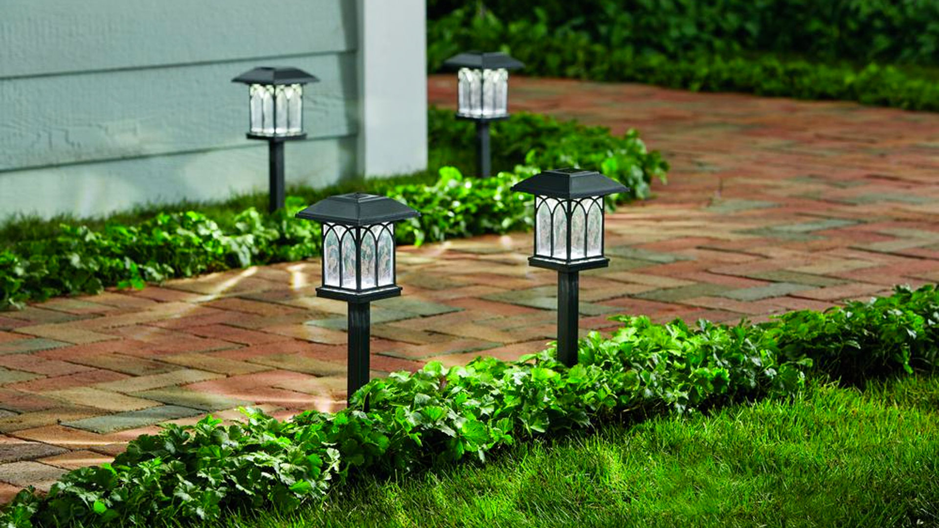 Upgrade Your Outdoor Space With Five Led Solar Path Lights For 2 50 Each 9to5toys