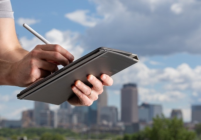 New magnetic iPad Pro case
