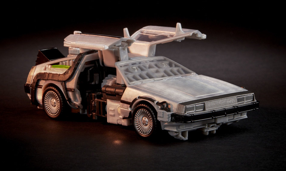 Gigawatt DeLorean Transformers car mode