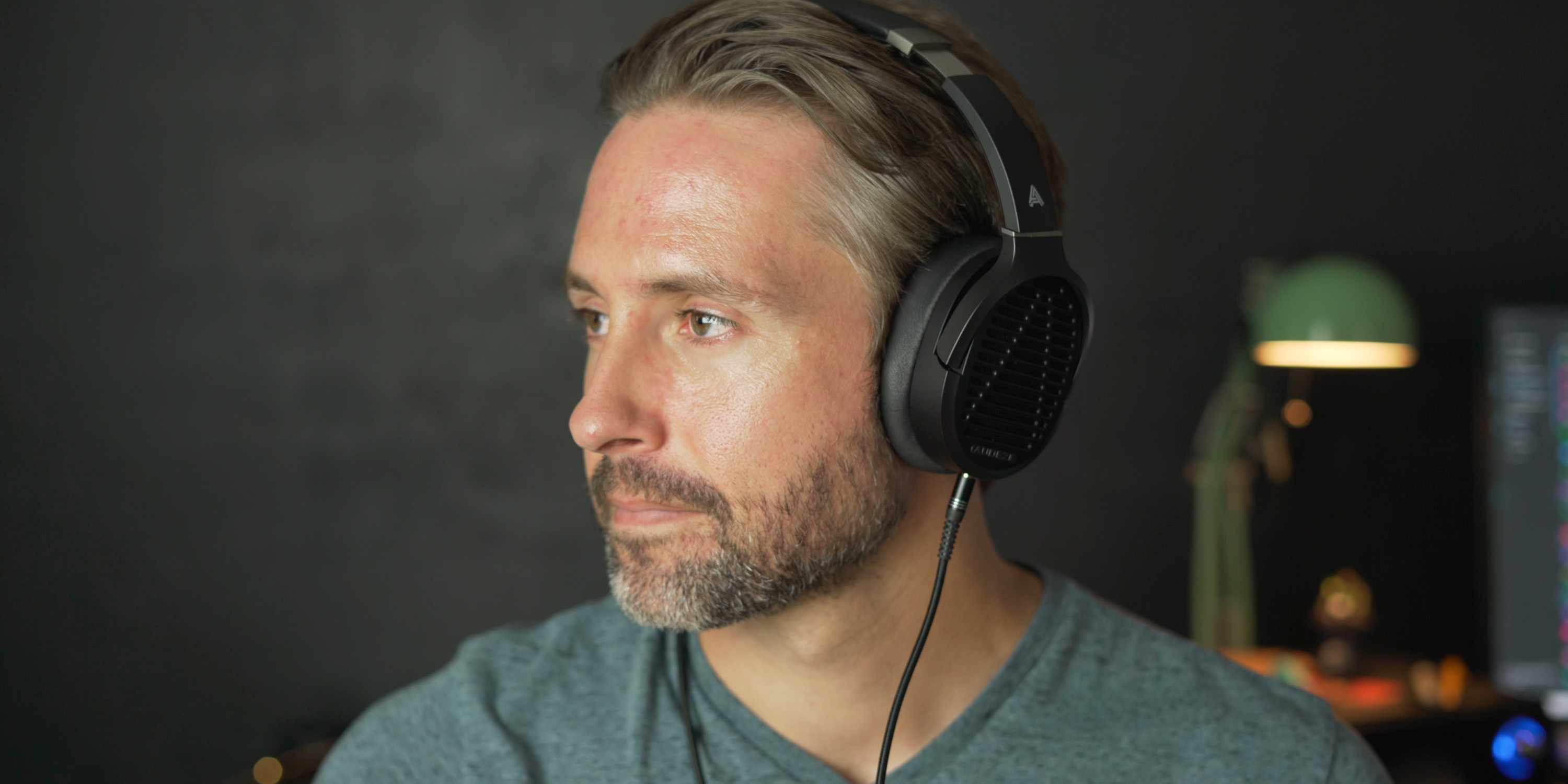 Listening to the Audeze LCD-1 headphones