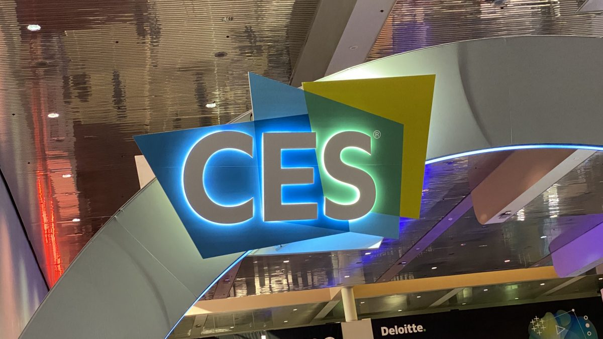 CES 2020 best apple accessories