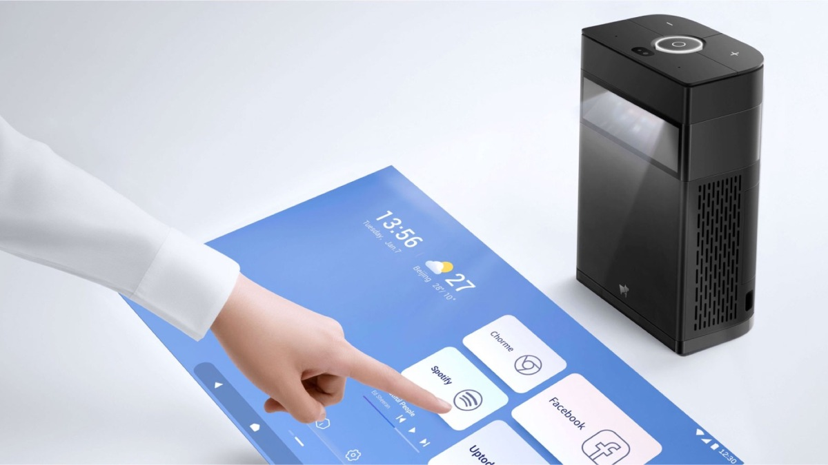 touchscreen projector