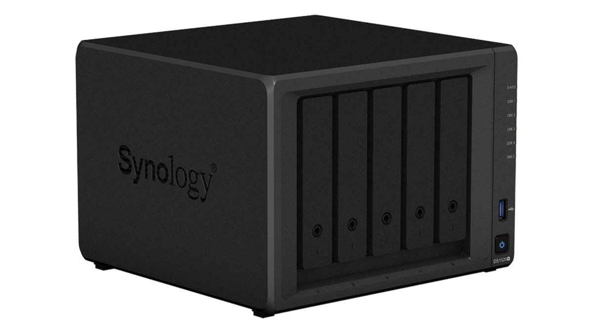 Synology DS1520+ NAS