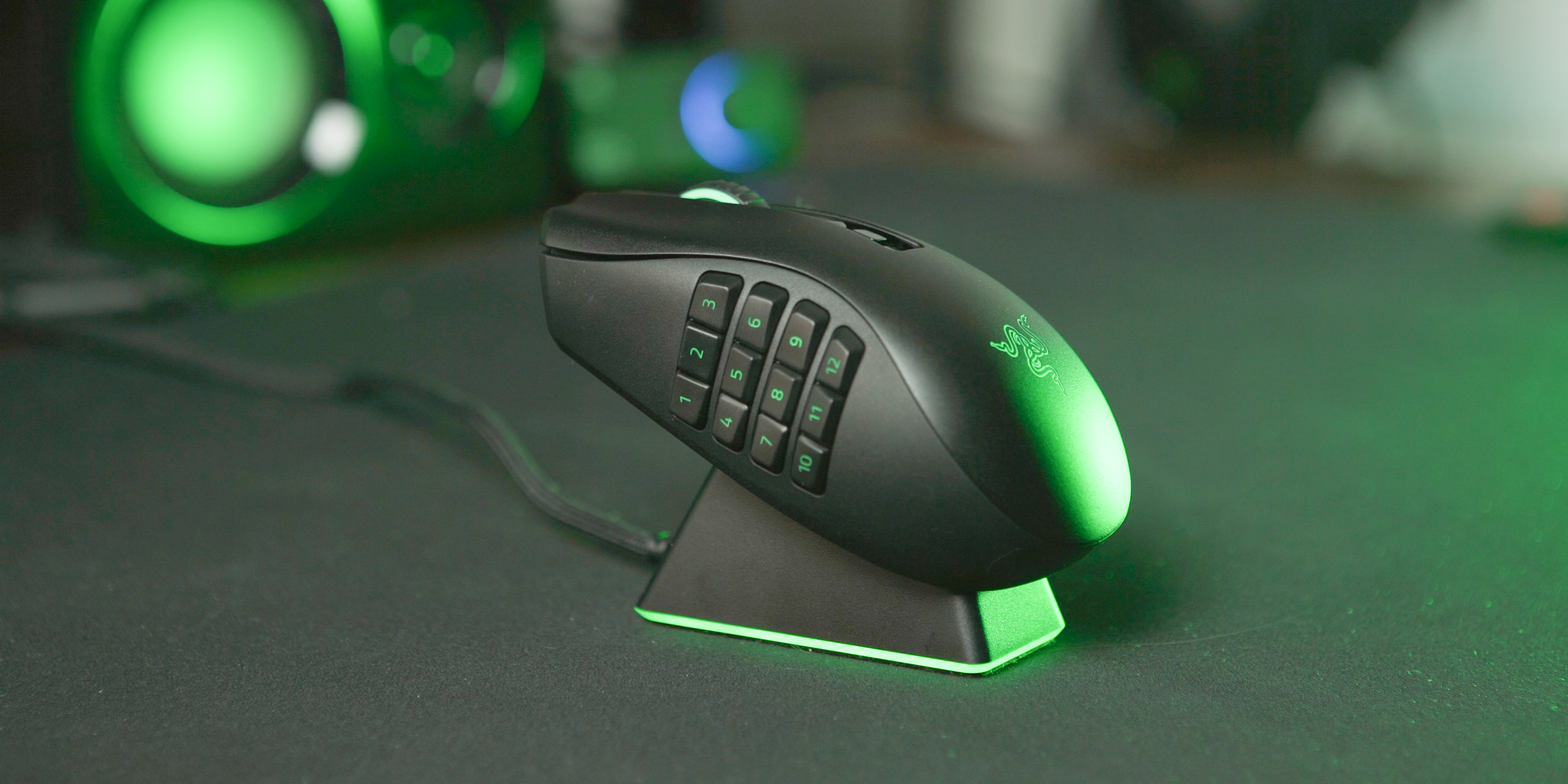 The Naga Pro can also work with the Razer Charging Dock