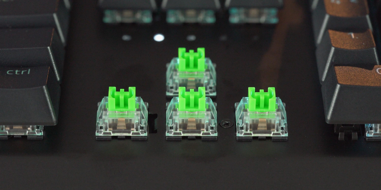 Green clicky switches on the Razer BlackWidow V3 Pro