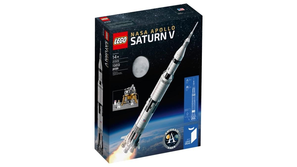 LEGO Apollo Saturn V