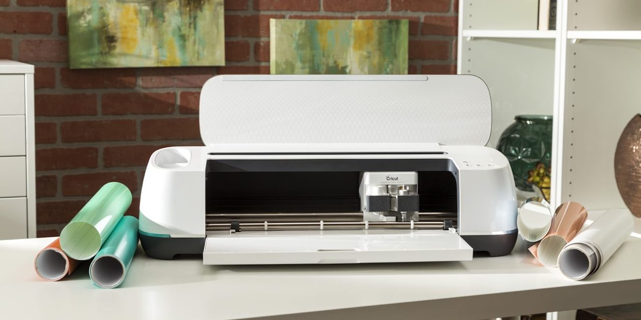 Cricut's arts and crafts DIY cutting machine now $100 off ...