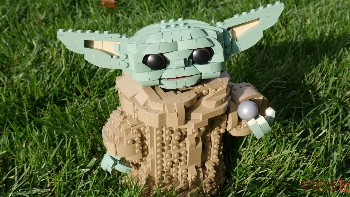 LEGO Baby Yoda review