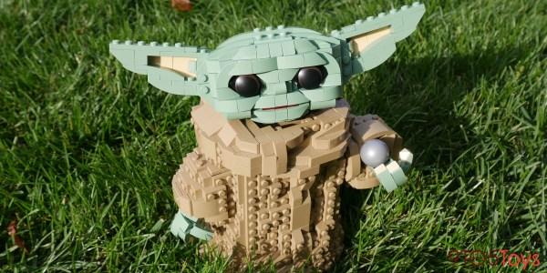 LEGO Baby Yoda review