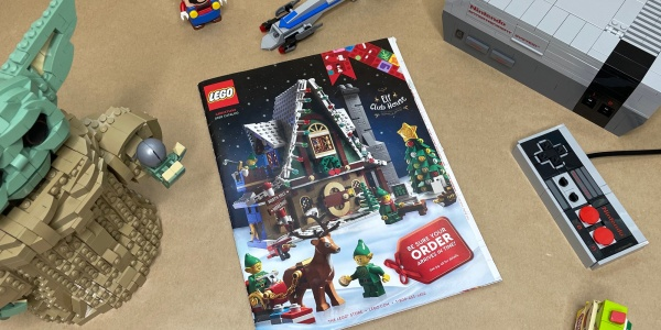 LEGO Holiday Book 2020
