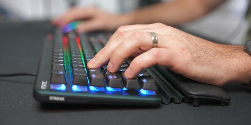 The small wrist rest has three different settings to get the best placement for your hands.