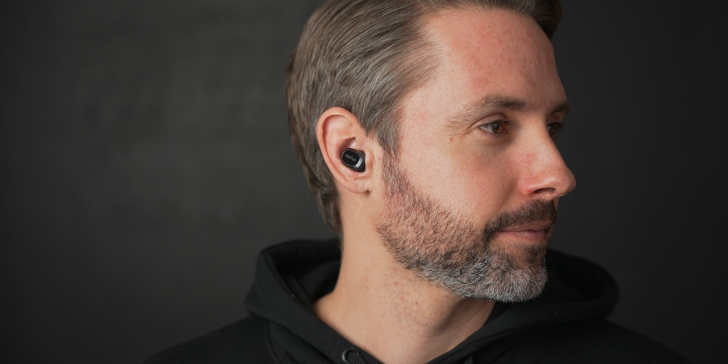 Thanks to their lightweight small design, the EarFun Free Pro earbuds are comfortable for long listening sessions.