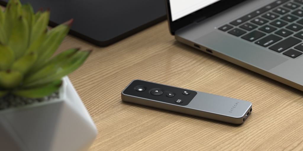 Satechi R2 Multimedia Remote