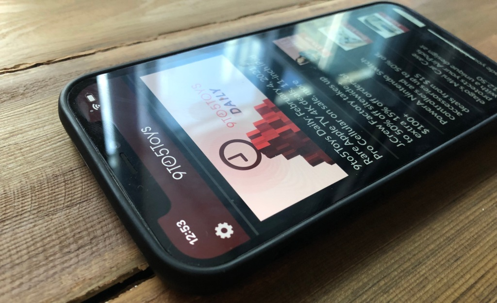 wood iPhone 12 case from Oakywood