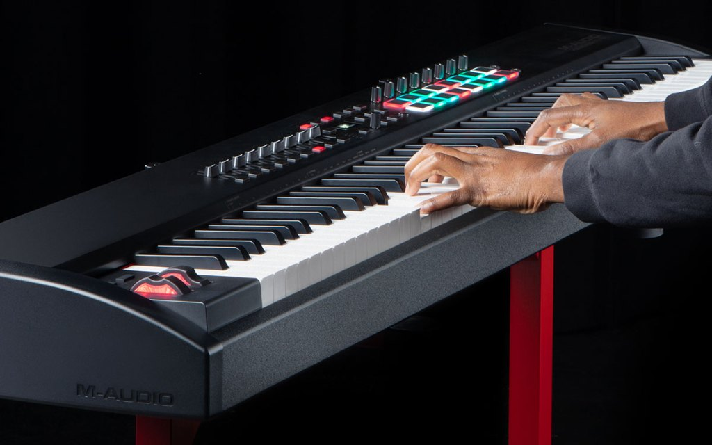Hammer 88 Pro weighted keyboard controller