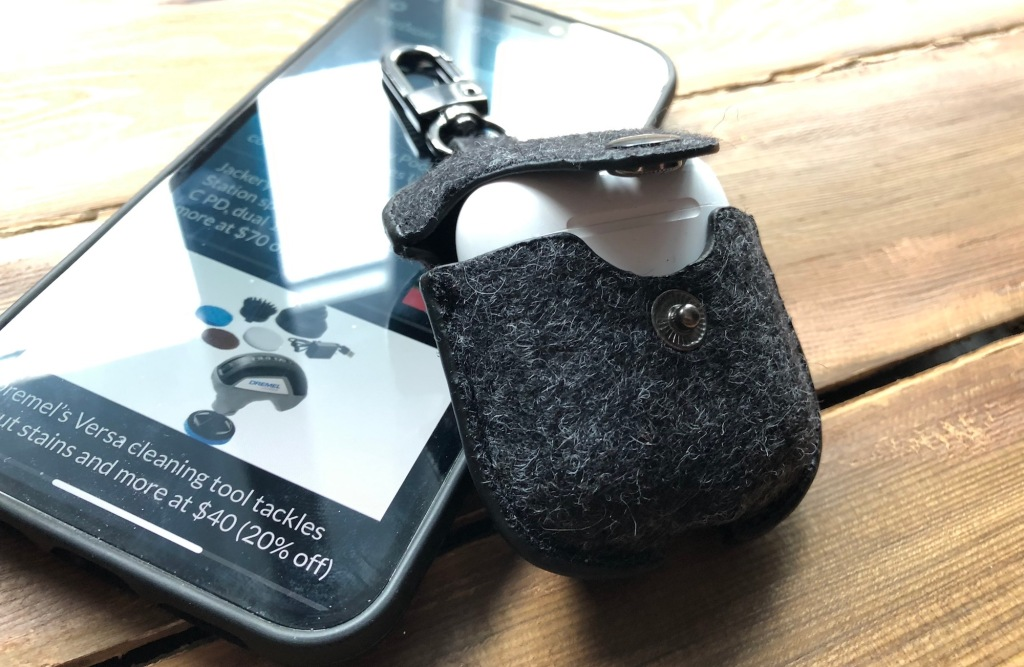 Oakywood Felt AirPods Case side view