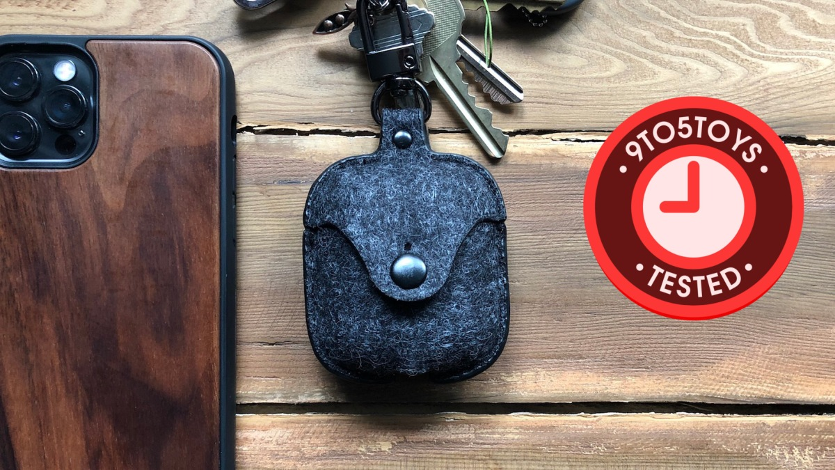 Oakywood Felt AirPods Case hero