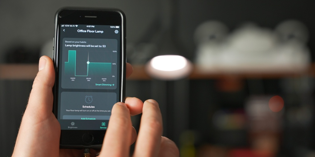 Smart dimming controls for the Wyze floor lamp