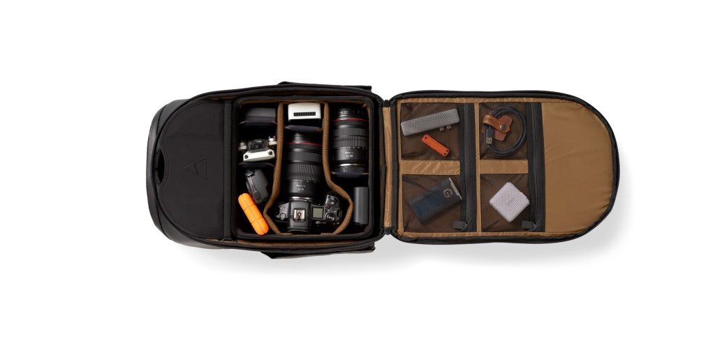 nomatic peter mckinnon 25l camera backpack