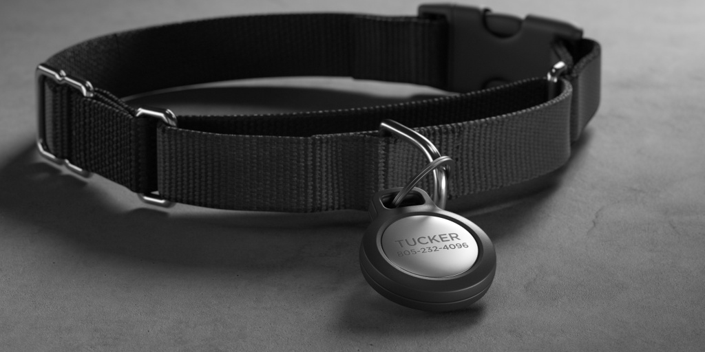 Nomad AirTags Rugged Keychain