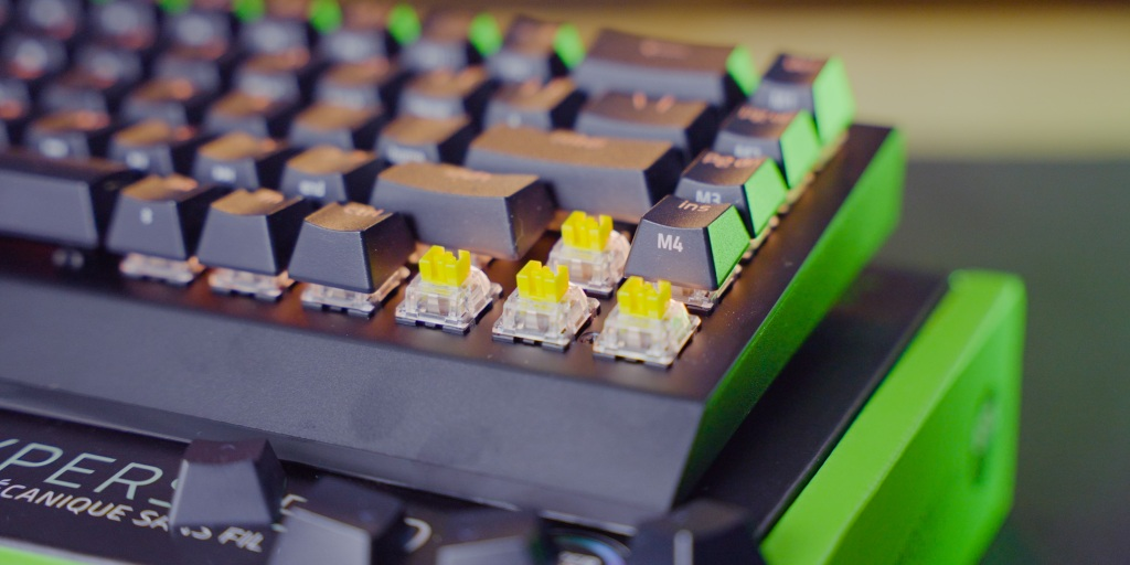 The BlackWidow V3 Mini can come with either green clicky or yellow linear switches.