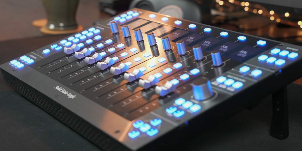 The SSL UF8 start-up sequence is fun to watch as the faders dance up and down the control surface.