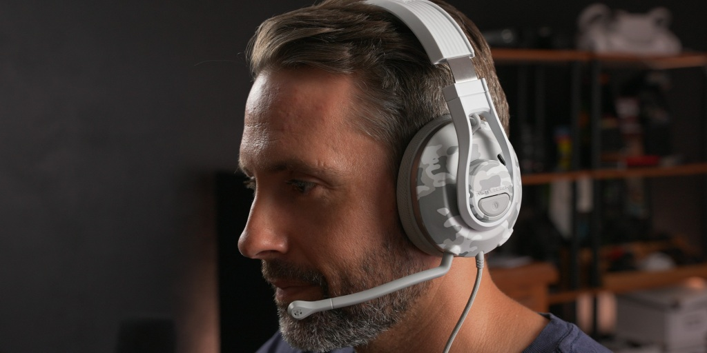 Though affordable, the Recon 500 is also very comfortable for extended gaming sessions.