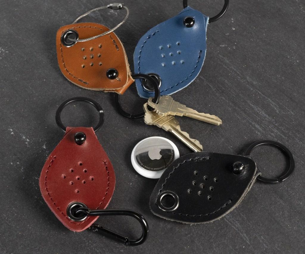WaterField AirTag Keychain