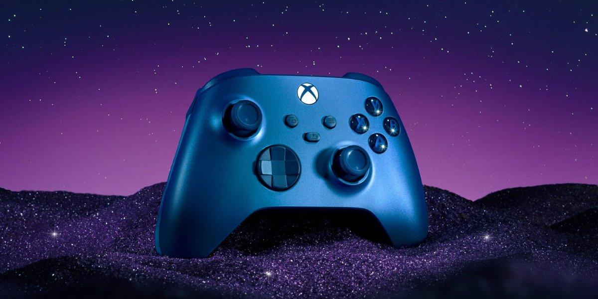 Aqua Shift Special Edition Wireless Xbox Controller hero
