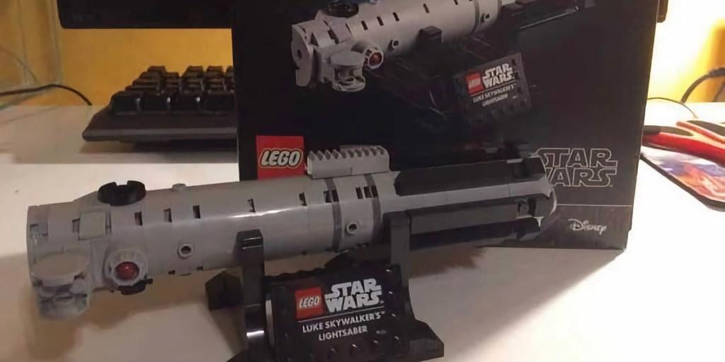 LEGO Luke Lightsaber