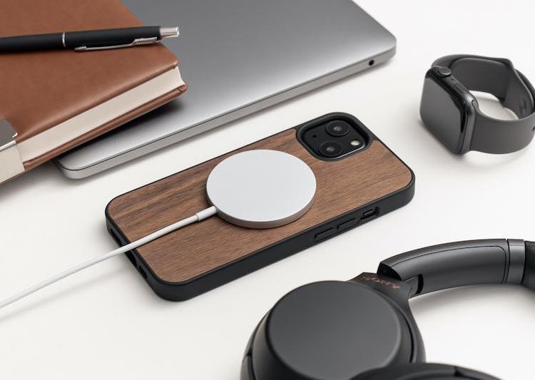 iPhone 13 wood cases